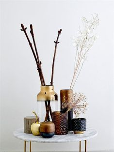 4 Diligent Tips AND Tricks: Vases Decoration Centerpieces chinese vases shapes.Rustic Vases Decoration old vases mercury glass. Big Vases, Gold Vases, Clear Glass Vases, White Vases, Cool Ideas, Vase Centerpieces, Vases Decor, Flower Vases, Flower Pots