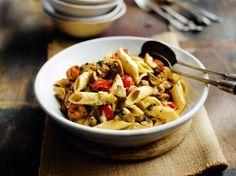 """750g vous propose la recette """"Pâtes aux champignons"""" Un plat aussi rapide que bon !!"""