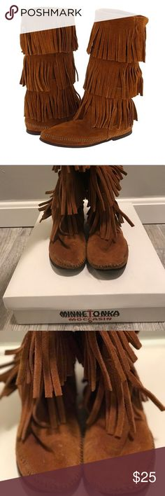 💥PRICE DROP💥MINNETONKA -- 3 Layer Fringe Boot MINNETONKA Calf-High 3 Layer Fringe Boot Minnetonka Shoes Ankle Boots & Booties