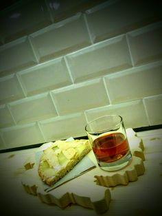 """""""Vino Cotto"""" scalda l'anima, ed in abbinamento ci permettiamo di consigliare la nostra crostata al limone #tradizione #vinocotto #crostatalimone #slowfood #abruzzo #abruzzesi www.drankwine.it"""