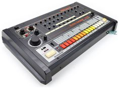 http://www.vintagesynth.com/roland/images/roland_tr808_angle2_lg.jpg