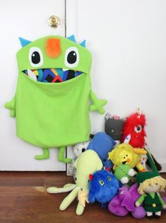Cute storage ideas from indie shop Lu & Ed. Cody who is our Chapter Prez for Asheville is the amazin Sewing Projects For Kids, Sewing For Kids, Crafts For Kids, Sewing Ideas, Sewing Toys, Sewing Crafts, Diy Crafts, Toy Storage Solutions, Storage Ideas