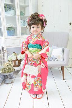 Sophia is going to be a little geisha doll Kimono Fashion, Girl Fashion, Japanese Kimono Dress, Geisha Costume, Cute Asian Babies, Oriental Dress, Japanese Outfits, Kawaii Clothes, Baby Costumes