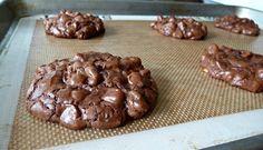 The Best Ina Garten Dessert Recipes - PureWow Chocolate Peanuts, Chocolate Peanut Butter, Chocolate Chip Cookies, Chocolate Desserts, Chocolate Cake, Cookie Recipes, Dessert Recipes, Dessert Food, Biscuits