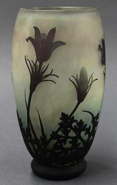 Daum Nancy Art Nouveau cameo glass vase