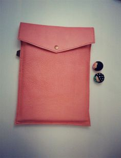 ♥Welcome to ILoveTriangle shop!♥ Hand stitched Bags and things of genuine leather A simple way to protect your Macbook Air 12 or 13 inch Macbook Pro Cover, Macbook Case, Portfolio Case, Macbook Sleeve, Hand Stitching, Simple, Unique Jewelry, Handmade Gifts, Shop