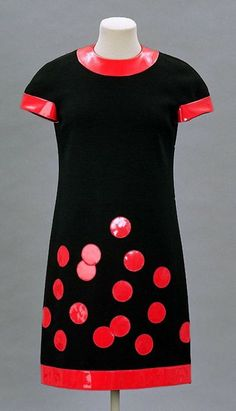 Pierre Cardin dress ca.1965 via The Costume Institute of the Metropolitan Museum of Art