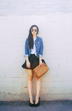Street Style | Black skirt with Denim