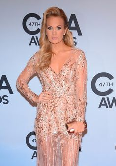 Carrie Underwood - Arrivals at the CMA Awards