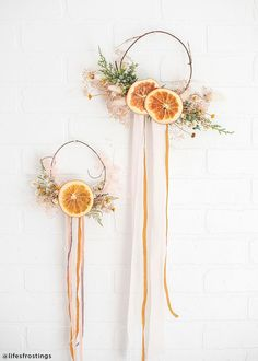 From table and vase decor to holiday DIY& add a taste of nature to your designs with natural dried orange slices. Dried Orange Slices Wide 20 Pieces per Bag Christmas Greenery, Noel Christmas, Christmas Wreaths, Christmas Decorations, Orange Decorations, Xmas, Winter Floral Arrangements, Cottage Style Decor, Cottage Decorating