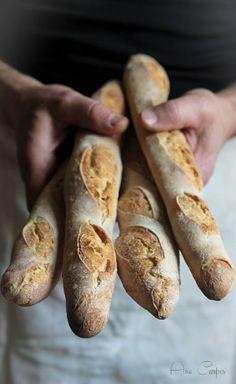 Hecho en la propriété: baguettes con masa fermentada (por autolisis)