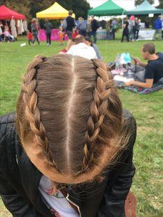 Dutch braids or boxer braids - - - dutch Braided - Boho Braid Boxer Braids Hairstyles, Shaved Side Hairstyles, Hairstyles With Bangs, Braided Hairstyles, Dutch Boxer Braids, Dutch Braids, Cornrows, Boxer Braids Tutorial, Braids With Shaved Sides