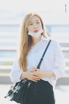 South Korean Girls, Korean Girl Groups, Sinb Gfriend, G Friend, Asia Girl, Beautiful Asian Women, Girl Crushes, Asian Woman, My Girl