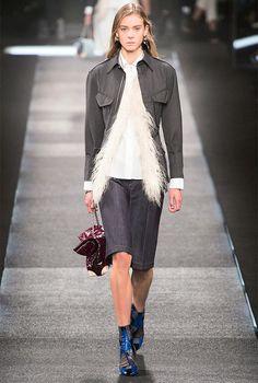 Louis Vuitton #Burberry #Trendtoday #sohoroomsua