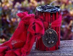 FREYJA DIS Queen of the Valkyries Red & Black Pillar Candle w/ Quality Bronze Double Sided Valkyrie Pendant for Norse Germanic Witchcraft