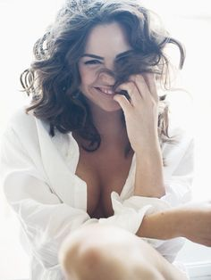 The Smile. Comfortable, confident, beautiful boudoir photography pose inspiration