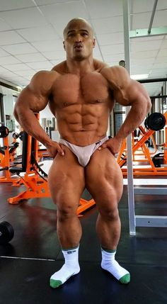 AMP - asia muscle picture: Sawaeng Panapoi