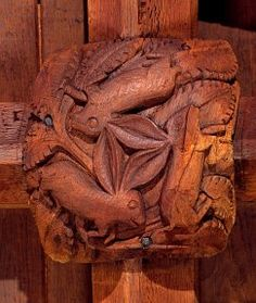 """""""Three Hares"""" medieval roof boss in South Tawton, Devon"""