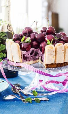 Lumoava kirsikkakakku   Maku Vanilla Cake, Cheesecake, Food And Drink, Baking, Desserts, Inspiration, Tailgate Desserts, Biblical Inspiration, Deserts