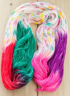This is a natural progression from the How To - Hand Painted Yarn, because you follow pretty much the same steps, except for the way you app...