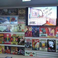 En decooutlet encuentras la mejor promoción de póster  Pague 2 lleve 3 Betty Boop, Deco, Baseball Cards, Frame, Instagram Posts, Life, I Found You, Picture Frame, Decor