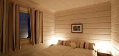 Hôtel Finlande : Chalet privé en Finlande - Europe - 4 Hotel Chalet, Cross Country Skiing, Condominium, Hotel Reviews, Lodges, Trip Advisor, Bed, Outdoor Decor, Furniture