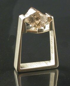 Sue Ann Dorman - you have GOT to love RAW diamond jewellery! Jewelry Art, Gold Jewelry, Jewelry Design, Raw Diamond, Diamond Jewellery, Treasure Chest, Diamond Are A Girls Best Friend, Anniversary Rings, White Gold Rings