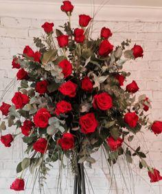 Win & Jim flowers #red rose pedestal