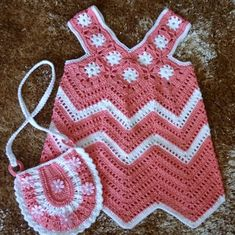 Crochet baby set - baby dress and a cute purse - AsDidy fashion Baby Girl Crochet, Crochet Bebe, Crochet Baby Clothes, Crochet For Kids, Knit Crochet, Crochet Baby Dress Free Pattern, Crochet Patterns, Pattern Dress, Baby Set