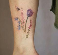 Gorgeous Botanical Tattoo Designs by Cindy van Schie - Page .- Gorgeous Botanical Tattoo Designs by Cindy van Schie – Page 2 of 2 – TattooBloq Bumble Bee and Wildflowers Tattoo by Cindy van Schie - Baby Tattoos, Body Art Tattoos, New Tattoos, Tattoos For Guys, Tattoos For Women, Tatoos, Whimsical Tattoos, Unique Tattoos, Beautiful Tattoos