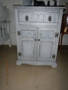 A base coat of Graphite with various mixed greys and Old white blended Home Decor, Refurbishing, Home