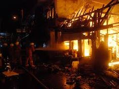 Jelang Sahur, Rumah DiPulogadung Terbakar