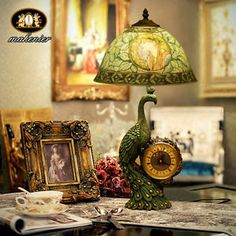 Vintage style art nouveau hand painting lamp with peacock clock Tiffany Stained Glass, Stained Glass Lamps, Stained Glass Patterns, Stained Glass Windows, Mosaic Glass, Glass Art, Sea Glass, Wine Glass, Painting Lamps
