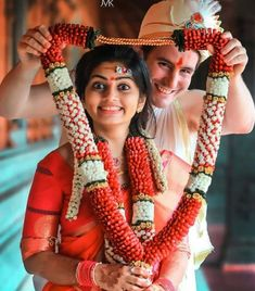 51 Wedding Couple Portraits to Bookmark Right Away! 51 Wedding Couple Portraits to Bookmark Right Away!,Projects to Try 51 Wedding Couple Portraits to Bookmark Right Away! – Eventila Related posts:T-Shirts für Damen - Plus. Indian Wedding Poses, Indian Wedding Couple Photography, Pre Wedding Poses, Wedding Couple Photos, Couple Photography Poses, Wedding Couples, Photography Ideas, Mehendi Photography, Wedding Advice
