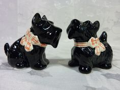 VINTAGE Josef Originals SCOTTY DOG figurine SALT & PEPPER SHAKERS Black