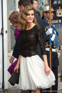 キャサリン妃のライバル?王室界の新たなファッションリーダー、スペイン新王妃に注目 | by.S