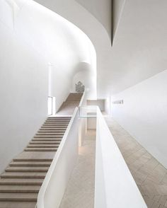 Indigo Slam, Sydney. William Smart @smart.design.studio @williamsmart Photo Sharrin Rees #architecture #stairs #australianarchitecture