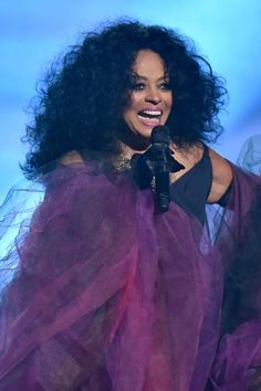 6 Celebrity Reactions That Prove Diana Ross's AMAs Performance Was Basically 1 Giant Party