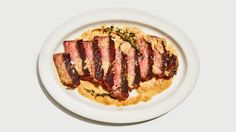 A juicy, buttery, steakhouse-worthy dinner in 30 minutes flat.