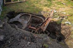 Fiat500nelmondo (@fiat500nelmondo) • Foto e video di Instagram Fiat 500, Abandoned Cars, Abandoned Vehicles, 1950s Car, Air Raid, Steyr, Bank Holiday Weekend, West Yorkshire, Barn Finds