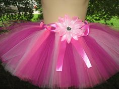 Love the colors!!! I could make this on ribbon for $15-$20 but the flower would be a daisy.
