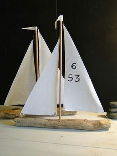 Segelboote aus Treibholz Driftwood sailing boats