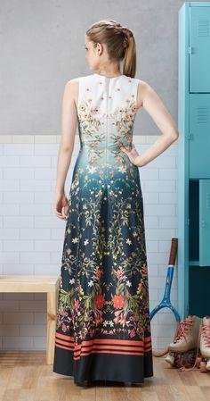 Só na Antix Store você encontra Vestido Longo Estampa Dália com exclusividade na internet