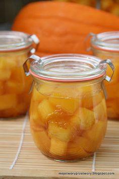 To moja druga propozycja na dynię do słoika. Syrop pachnie pięknie, dynia z tego przepisu zapowiada się na słodkie co nie co. Tak samo jak m... Taste Buds, Pickles, Cantaloupe, Cucumber, Nutella, Pumpkin, Fruit, Vegetables, Cooking
