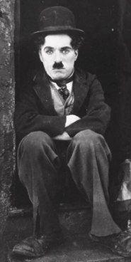 """""""Un giorno senza un sorriso è un giorno perso.""""   Charlie Chaplin (16 aprile 1889 - 25 dicembre 1977)"""