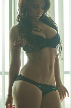 She's got the perfect curvy body. I mean my god. This is true motivation. This is the body I want!!