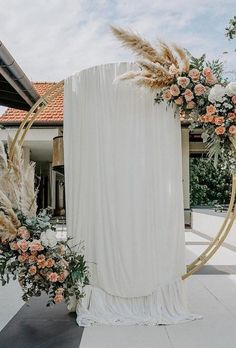 Wedding flower moon gates boho gate with tulle bucketfullof_roses . - Wedding floral moon gates boho gate with tulle bucketfullof_roses … – - Christmas Wedding, Fall Wedding, Diy Wedding, Wedding Ceremony, Rustic Wedding, Wedding Ideas, Wedding Gate, Ceremony Arch, Wedding Receptions