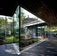 MAGGIE'S CENTRE BY OMA