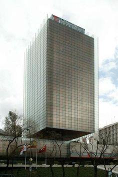 Torre Castelar de Rafael de la Hoz + Gerardo Olivares James y reforma de R. de la Hoz hijo