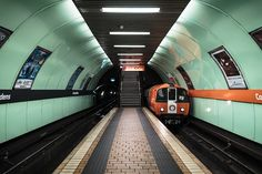 Architecture photo series featuring the circular subway of Glasgow Glasgow Scotland, Scotland Travel, Edinburgh, Glasgow Subway, S Bahn, Architecture Photo, Glasgow Architecture, Europe Photos, London Underground